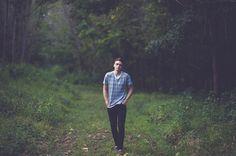 senior photo ideas, senior boy, senior guy, senior picture ideas, senior poses, posing guys, woodsy senior photos, Hipster Senior Guy Photos - St. Louis Senior Photographer — Charis Rowland Photography