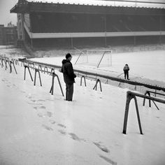Arsenal's third round FA Cup tie against Oxford United had been postponed due to the eight inches of snow covering the Highbury pitch (1963)