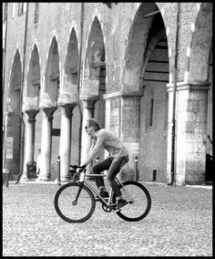 @Passoni Bikes Bikes @StefanoBevilacqua - Passione Photoshooting Vintage Love, Cycling, Portraits, Couture, Fashion, Moda, Biking, Fashion Styles, Bicycling