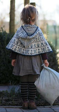 fair isle cape ~ Is it sad that children's clothes make me want to have children NOW. Fashion Kids, Look Fashion, Babies Fashion, Fashion 2020, Fashion Clothes, Fall Fashion, Fashion Shoes, Cape Pattern, Fair Isle Knitting
