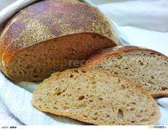 Do vyšší mísy přesijeme obě mouky, přidáme sůl, kmín, kardamom a promícháme.Kvásek promícháme s vodou, aby se dostatečně okysličil a přilijeme k... Food And Drink, Bread, Brot, Baking, Breads, Buns