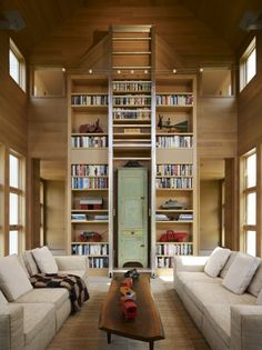 The Orchards Country Home - home library