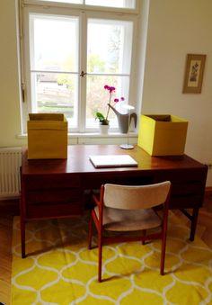 Schreibtisch 60er Jahre 60s Ikea Teppich Altbau
