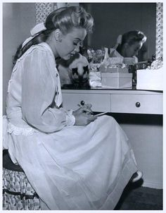 Jane POWELL '50 (1er Avril 1929)