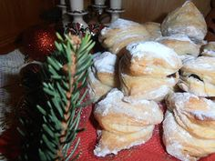 Gerdi süti: Hamis hájas Camembert Cheese, Biscuits, Dairy, Bread, Cookies, Chicken, Recipes, Food, Erika