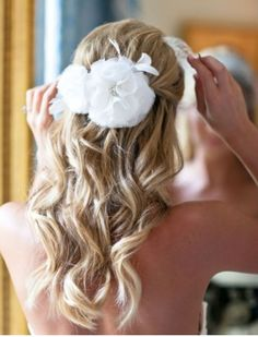 Wedding Hair: Inspiration for the Unsure. | The Blushing Bride - Hairstyle?