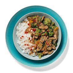 En hverdagsgryte med deilige asiatiske smaker som fort blir en gjenganger på middagsbordet. Bare vent til du smaker sausen!