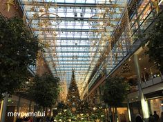 christmas-berlin-shoppingmall #berlin #mevoymefui #travel #christmas www.mevoymefui.wordpress.com