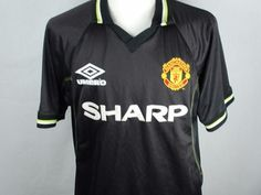 fde3c8425 18 Best Manchester United football shirts images