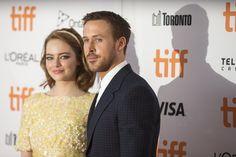 Ryan Gosling et Emma Stone Prouvent une Nouvelle Fois Leur Alchimie Sur le Tapis Rouge du TIFF