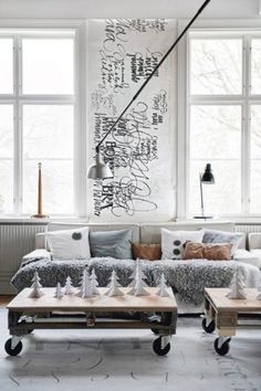 Scandinavian Living Room Design in order to provide you with cool ideas and inspiration. Scandinavian Living, Scandinavian Design, Scandinavian Christmas, Swedish Christmas, Scandinavian Apartment, Scandinavian Interiors, Homemade Christmas, Home And Living, Home And Family