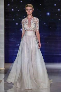 A linha perfeita: os vestidos de noiva de linha A! Image: 16