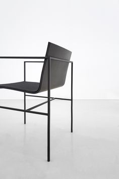 Designed by Fran Sylvester Aquitectos. A Chair for Capdell
