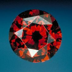 The DeYoung Red Diamond is one of the largest known natural fancy dark red diamonds. It is a modified round brilliant cut diamond that has a clarity grade of and weighs carats. The diamond was acquired by S. Sydney DeYoung, a Boston jeweler, as Minerals And Gemstones, Rocks And Minerals, Rare Gems, Mineral Stone, Rocks And Gems, Stones And Crystals, Gem Stones, Colored Diamonds, Dark Red
