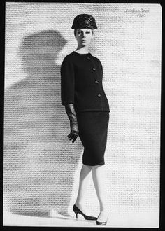 Christian Dior P/E 1960. Photo Louis-Roger Astre. Mannequin Gunila.
