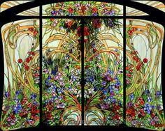 Una bellissima ed originale vetrata Liberty. ( By Umberto Giordano )
