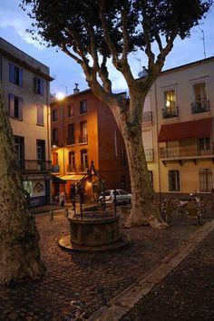 Perpignan guide du tourisme dans les Pyrénées-Orientales Languedoc-Roussillon