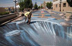 a r t The street art of Edgar Mueller.love his art! New Alert System Announces School Closing 3d Street Art, 3d Street Painting, 3d Sidewalk Art, Sidewalk Chalk, Edgar Mueller, Building Art, Illusion Art, Monster Art, Chalk Art