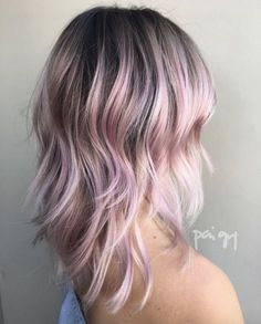 50 Pink Hair Highlight Ideas Every Girl Should See - Hair - Lilac Hair Lavender Hair, Lilac Hair, Gold Hair, Green Hair, Blue Hair, Teal Hair Color, Hair Color And Cut, Pink Hair Highlights, Hair Shadow
