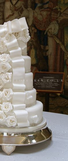 Wedding Cake gallery, including Luxury Victorian and Vintage Cakes   Hall of Cakes