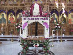 Greek Easter, Holy Week, Christian Faith, Holiday Decor, Christmas, Altars, Lent, Flower Arrangement, Xmas