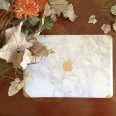 Marble and Gold MacBook Air and Pro Laptop case with the Apple Logo detail. Hard Shell Top and Bottom snap on case. Made for :  Air 11 Air 13