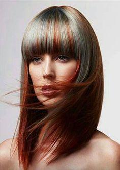 Grey highlights in auburn hair looks so fabulicious! Red Highlights In Brown Hair, Red Brown Hair, Copper Highlights, Hot Hair Colors, Cool Hair Color, Violette Highlights, Hair Stenciling, Hair Rainbow, Corte Y Color