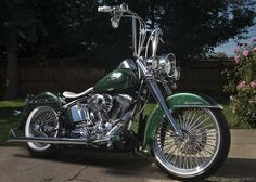 Harley Davidson Pictures, Harley Davidson Chopper, Harley Davidson Motorcycles, Bagger Motorcycle, Classic Motorcycle, Harley Davidson Heritage, Heritage Softail, Chicano, Cholo Style