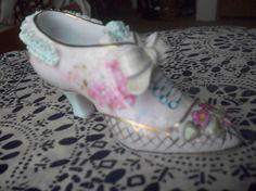Vintage Porcelain Shoe Miniature Ceramic Shoes, Glass Ceramic, Glass Shoes, Fenton Glass, Tiny Treasures, Glass Slipper, Vintage Ceramic, Vintage Shoes, Shoe Boots