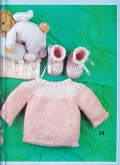 Discover recipes, home ideas, style inspiration and other ideas to try. Knitting For Kids, Baby Knitting Patterns, Baby Patterns, Baby Jumper, Vintage Children, Knit Crochet, Baby Kids, Dinosaur Stuffed Animal, Teddy Bear