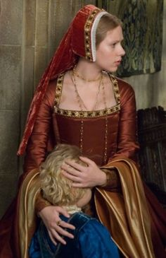 Mary Boleyn's Red/Rust and Gold Gown (The Other Boleyn Girl, 2008).