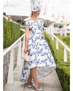 Race day attire, races dress, races outfit, fascinator, hatinator, Melbourne cup, Caulfield cup, Ascot, Derby day