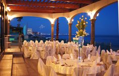 My Dream Wedding Reception If Only There Was A Venue Beautiful As This That Right Off Lake Erie With Great View Of Cleveland Lit Up At Night