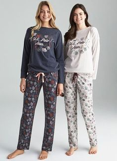 US Polo 16125 Women's Pajamas Set will make you redefine comfort when you wear this cozy and stylish set. US Polo 16125 Women's Pajamas Set details; Womens Pjs, Womens Pyjama Sets, Cute Pajama Sets, Matching Pajamas, Girls Night Dress, Night Gown, Cute Sleepwear, Lingerie Sleepwear, Night Suit For Women