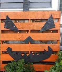 50 Cheap and Easy Outdoor Halloween Decor DIY Ideas - Prudent Penny Pincher