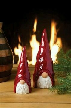 Sweden's famous JIE ceramicists created these glossy hand-glazed figurines. could do garden gnomes, funPicture of Ceramic Tomte Figurines - Swedish elves - I love theseSwedish Tomte isknown as a gift bearer and is considered one of the Swedish and Fimo Clay, Polymer Clay Projects, Ceramic Clay, Polymer Clay Christmas, Polymer Clay Ornaments, Hand Built Pottery, Pottery Classes, Paperclay, Clay Creations