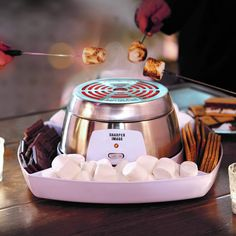 indoor smores Do It Yourself Electric Smores Maker FAO Schwarz Cooking Appliances, Cooking Gadgets, Small Kitchen Appliances, Cooking Tools, Kitchen Supplies, Kitchen Items, Cool Kitchen Gadgets, Cool Kitchens, Kitchen Must Haves
