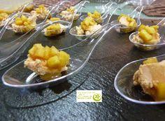 Los Postres de Elena: Cucharitas de yogur de foie con manzana caramelizado. http://www.lospostresdeelena.com/2015/01/cucharitas-de-yogur-de-foie-con-manzana.html
