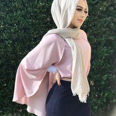Blush bat blouse - check out: Esma <3