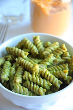 Super Cheesy Vegan Pesto Pasta