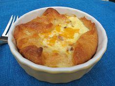 Copycat recipe: Panera souffles - I love these! Panera Bread, Breakfast Dishes, Breakfast Recipes, Breakfast Ideas, Brunch Ideas, Breakfast Time, Savory Breakfast, Think Food, Love Food
