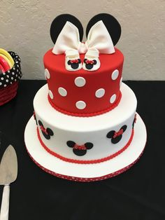 Baby Shower Minnie Mouse Cake