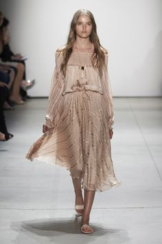View the complete Erin Fetherston Spring 2017 Ready-to-Wear Collection from New York Fashion Week.