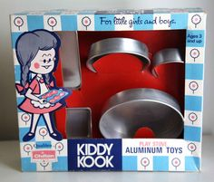 Vintage 60s play kitchen aluminum toy baking set...one of my favorite toys I wanted to be a baker when I grew up...didn't happen professional :-(