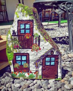 stone hause stone painting - Rock Home Gardens