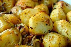 Korzeń imbiru to silny spalacz tłuszczu. Przepis na napój imbirowy Potato Salad, Food And Drink, Pizza, Potatoes, Vegetables, Ethnic Recipes, Life, Potato, Vegetable Recipes