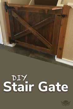 vintage looking wooden gate Wooden Stair Gate, Wooden Gates, Home Daycare, Outdoor Decorations, Diy Wood Projects, Wooden Diy, Curb Appeal, Entryway Tables, Home Improvement