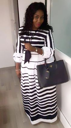 White and black maxi Long African Dresses, African Fashion Dresses, Hijab Fashion, Fashion Outfits, African Models, African Print Fashion, Ankara Skirt And Blouse, African Attire, Black Maxi