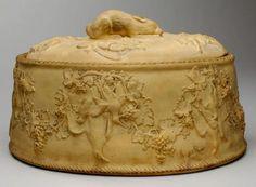 Josiah Wedgwood & Sons Ltd.; Game pie dish, c. 1815