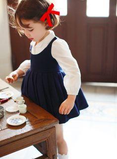 Amber Melia School-look Dress Baby Dress : Amber Melia School-look Dress Baby Dress Little Girl Fashion, Little Girl Dresses, Kids Fashion, Vintage Girls Dresses, Blogger Moda, French Kids, School Looks, Kid Styles, Kind Mode